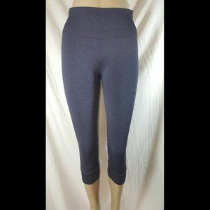 Lululemon Heathered Black Grape Seamlessly Crop 6